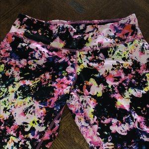 Mossimo MEDIUM rose color splash legging